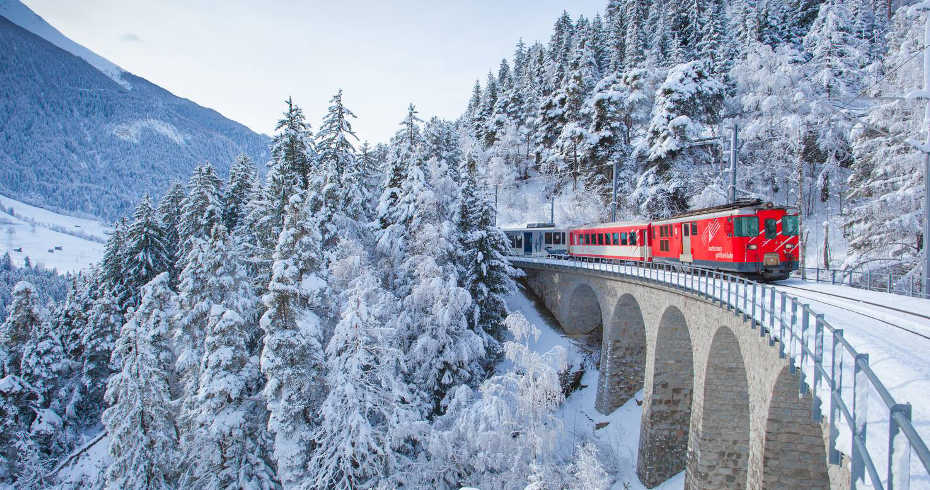 Matterhorn Gotthard Railway train
